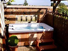 Hot Tub Cottage