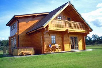 Mountwood 5 Star Log Cabins