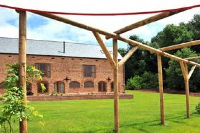 The Granary- 5 Star, Gold Award Winning Barn Conversion