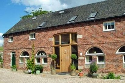 Large Peak District Luxury Cottages sleep 10 to 16