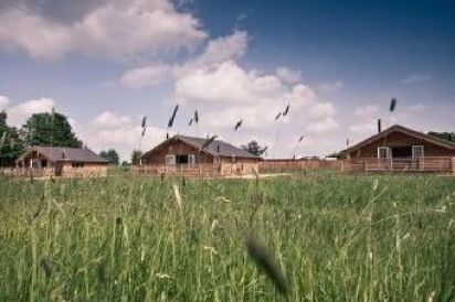 Cambridgeshire Dog-Friendly Cabin with Private Hot Tub