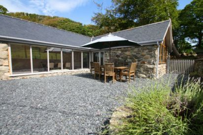 The Cow Shed with Shared Pool Access