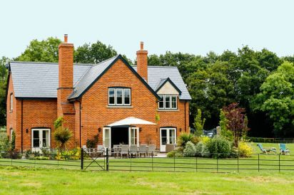 Large Herefordshire Holiday House
