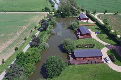Stretton Lakes 4 and 5 Star Gold Log Cabins