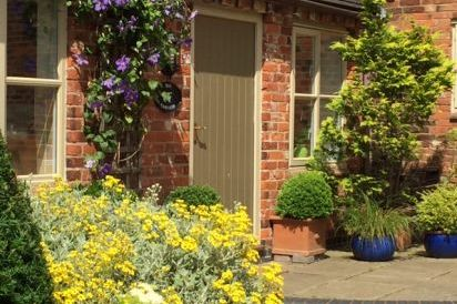 Upper Rectory 4 Star & 5 Star Gold Award Winning Farm Cottages in the Midlands