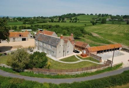 Woodlands High Quality Farmhouse sleeps 14