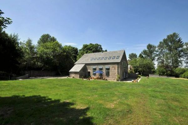 Lovely barn conversion for country breaks in herefordshire