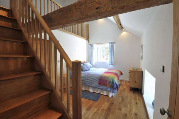 5 bedroom country cottage herefordshire