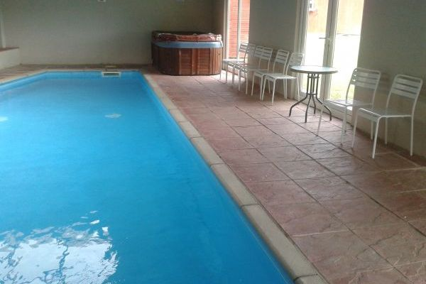Ashdene 4 Star Gold Award Winning Holiday House with Indoor Pool 16