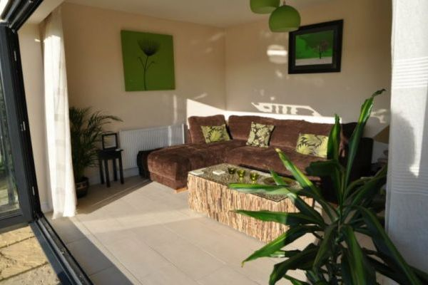 Apple Cottage- High Quality Accommodation with a Hot Tub 6