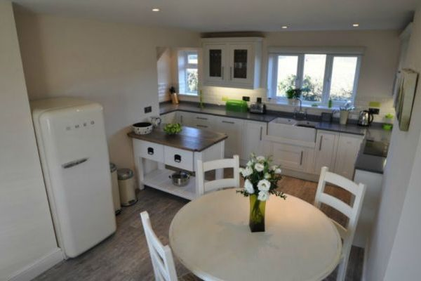 Apple Cottage- High Quality Accommodation with a Hot Tub 5