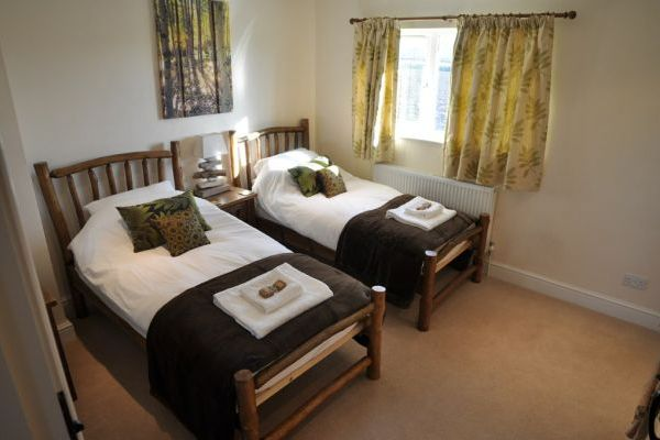 Apple Cottage- High Quality Accommodation with a Hot Tub 4