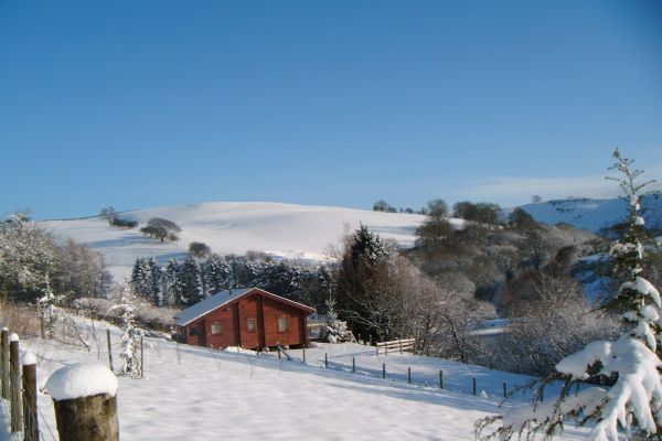 Cefn-nant Luxury Lodge in Mid Wales 3