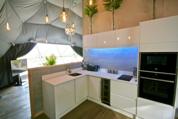 Sunridge Geodome - Glamping in style 11