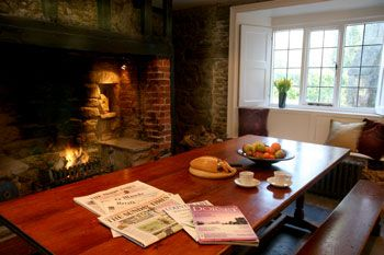 selfcatering dorset group accommodation and open fire