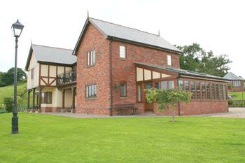 self-catering and B&B of a high standard in mid Wales