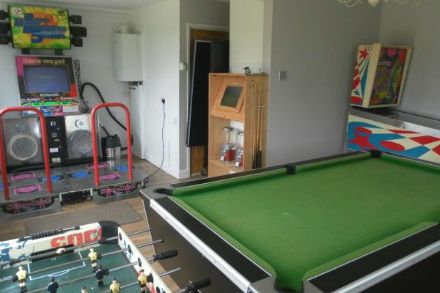 England Rental with Games Room Photo 1