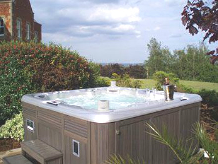 Cottage with Hot Tub England
